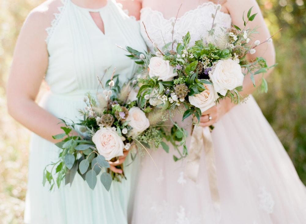 winnipeg wedding florist - white and green wedding flowers
