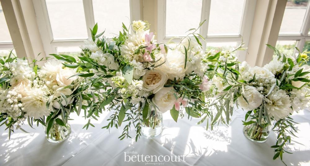 tuscan themed wedding flowers - wedding florist in Winnipeg