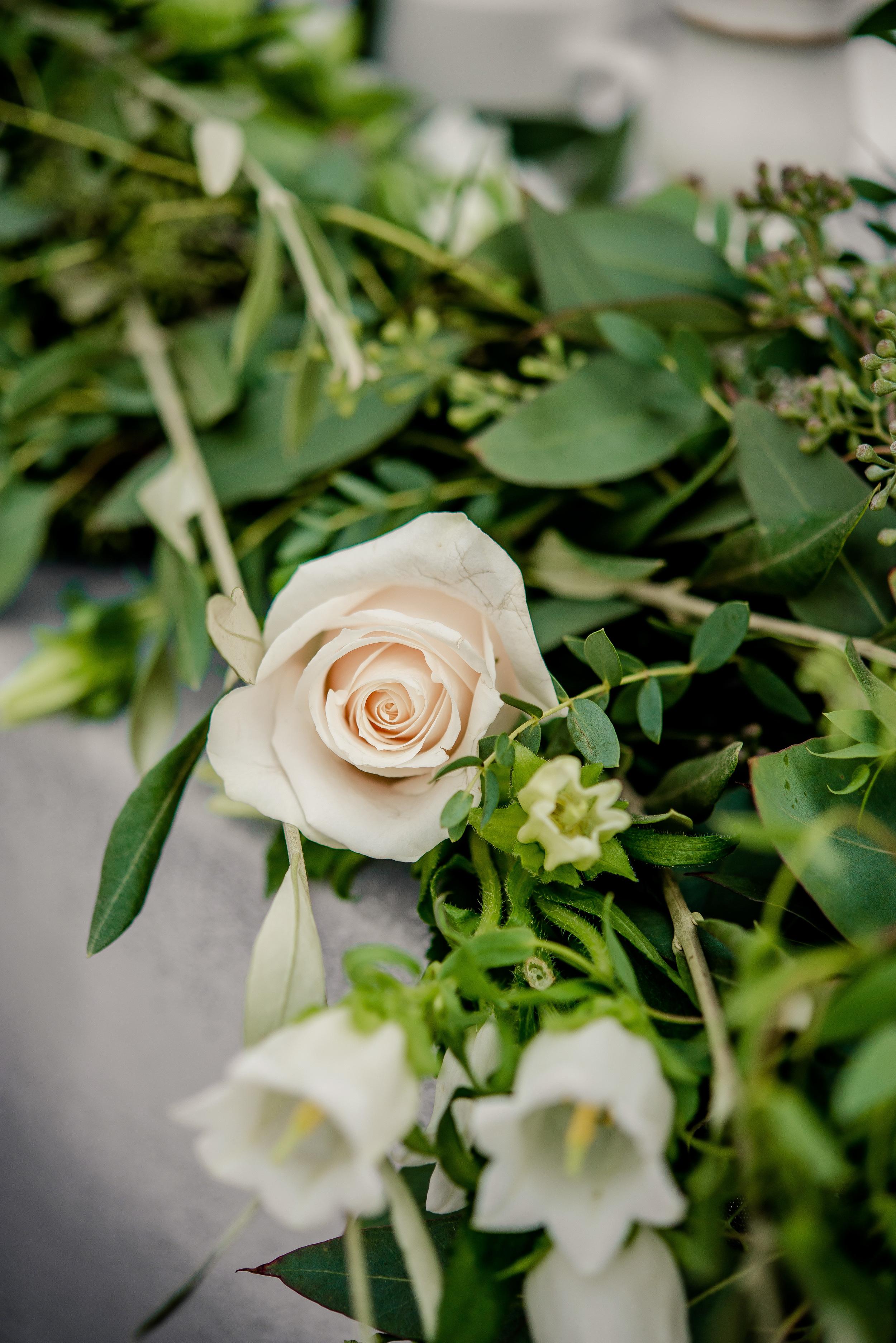 White Wedding Flowers - Winnipeg Wedding