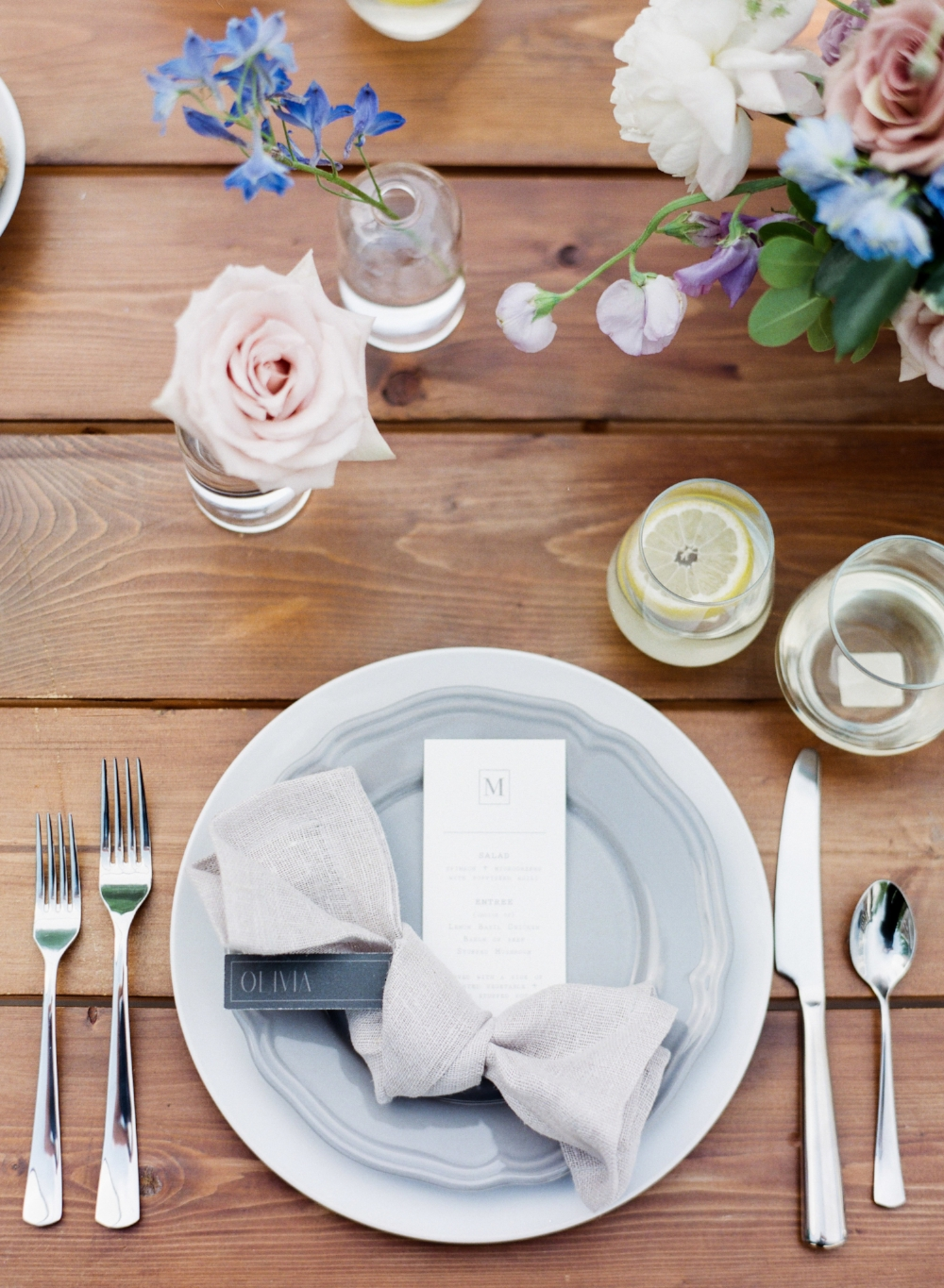 Photo: Brittany Mahood Photography Stationery: Keeks Paper Co , Design: Stone House Creative
