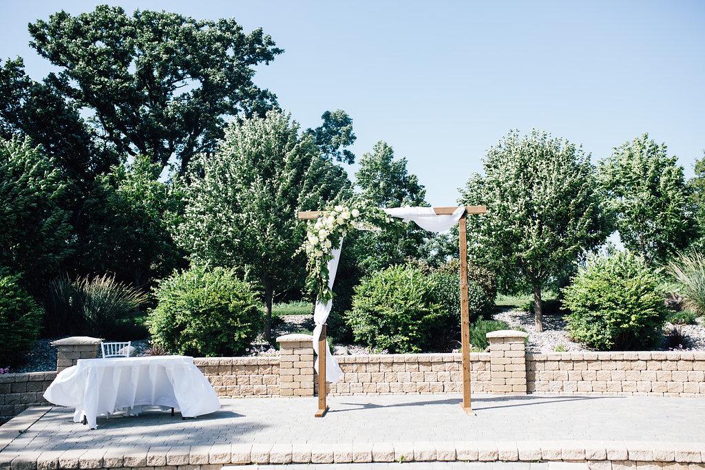 Bridges Golf Course Wedding - Outdoor Weddings in Winnipeg