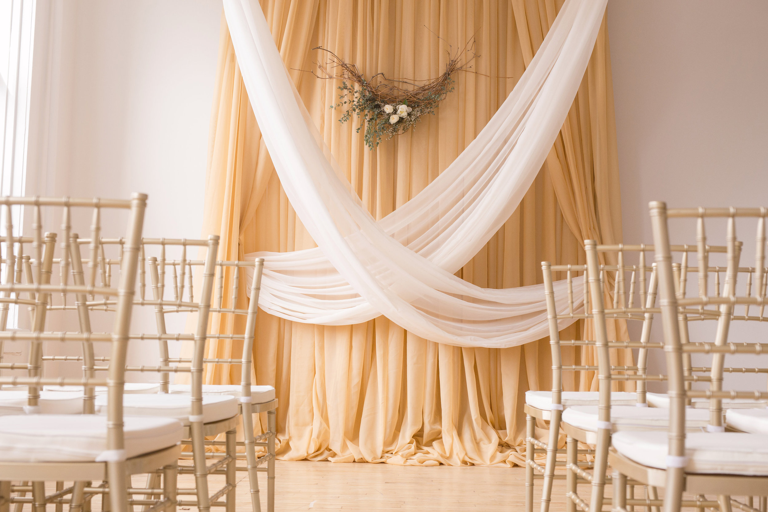 Inexpensive Wedding Ceremony Flowers - Winnipeg Wedding Florist