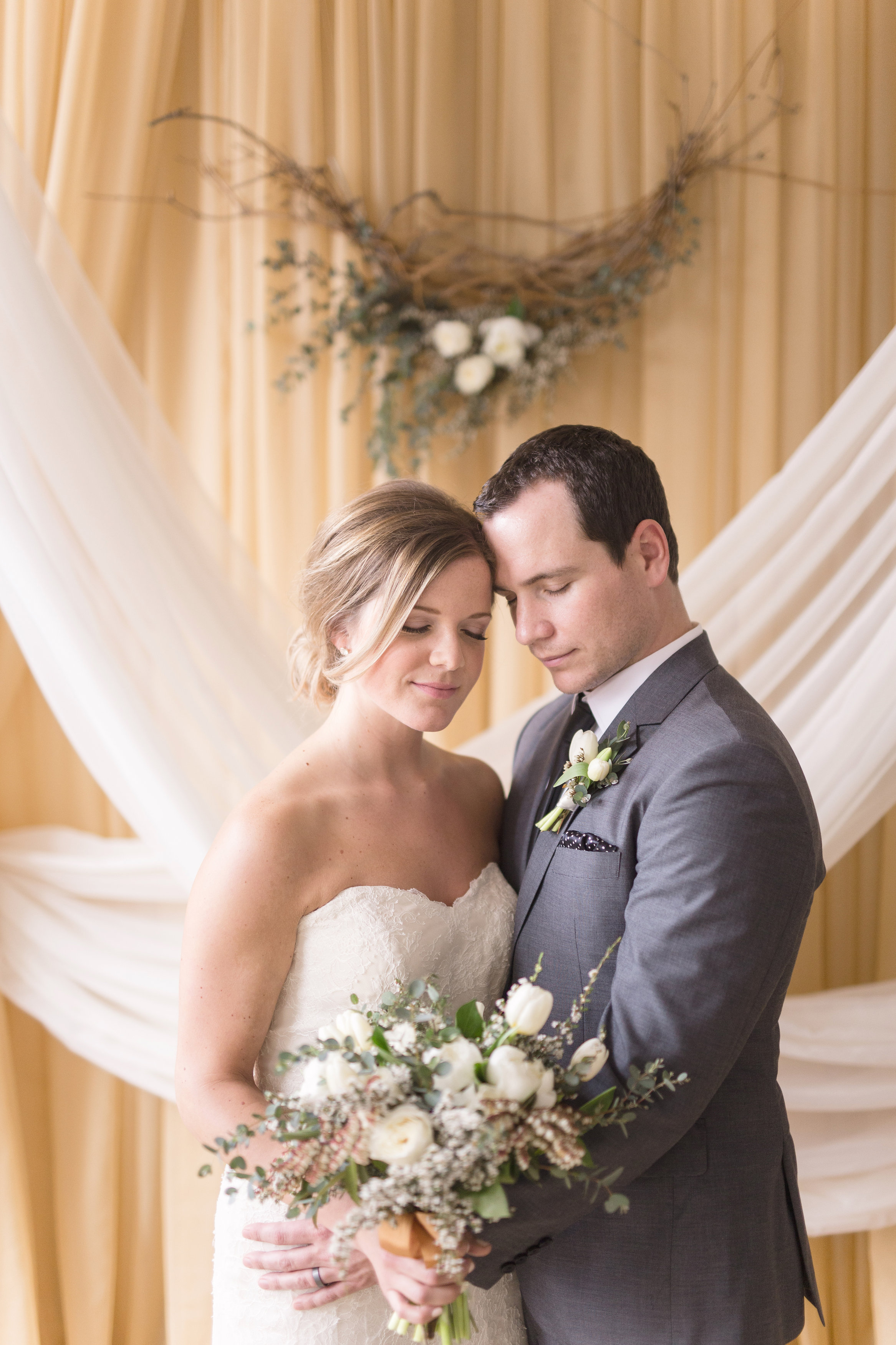 Gold and Ivory Wedding Decor - Wedding Designer in Winnipeg