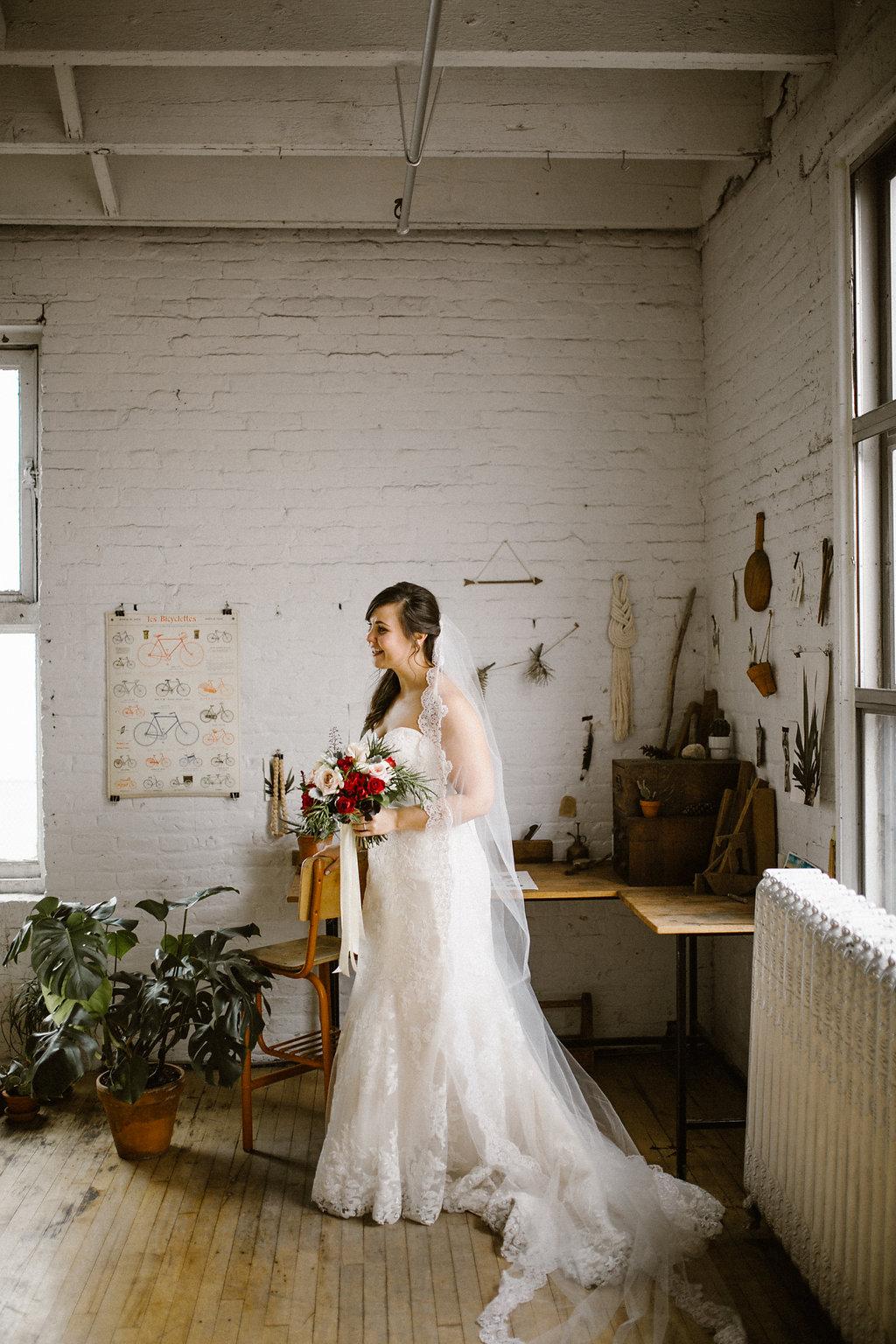 Winnipeg Wedding - Fall Wedding in Winnipeg