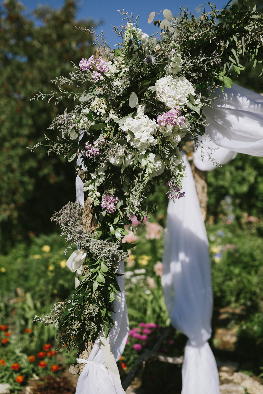 White and Lavender Wedding Flowers - Pineridge Hollow Wedding