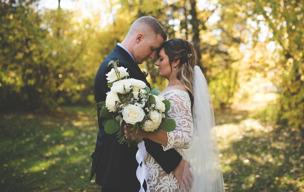 White Bridal Bouquet - Wedding Flowers Winnipeg