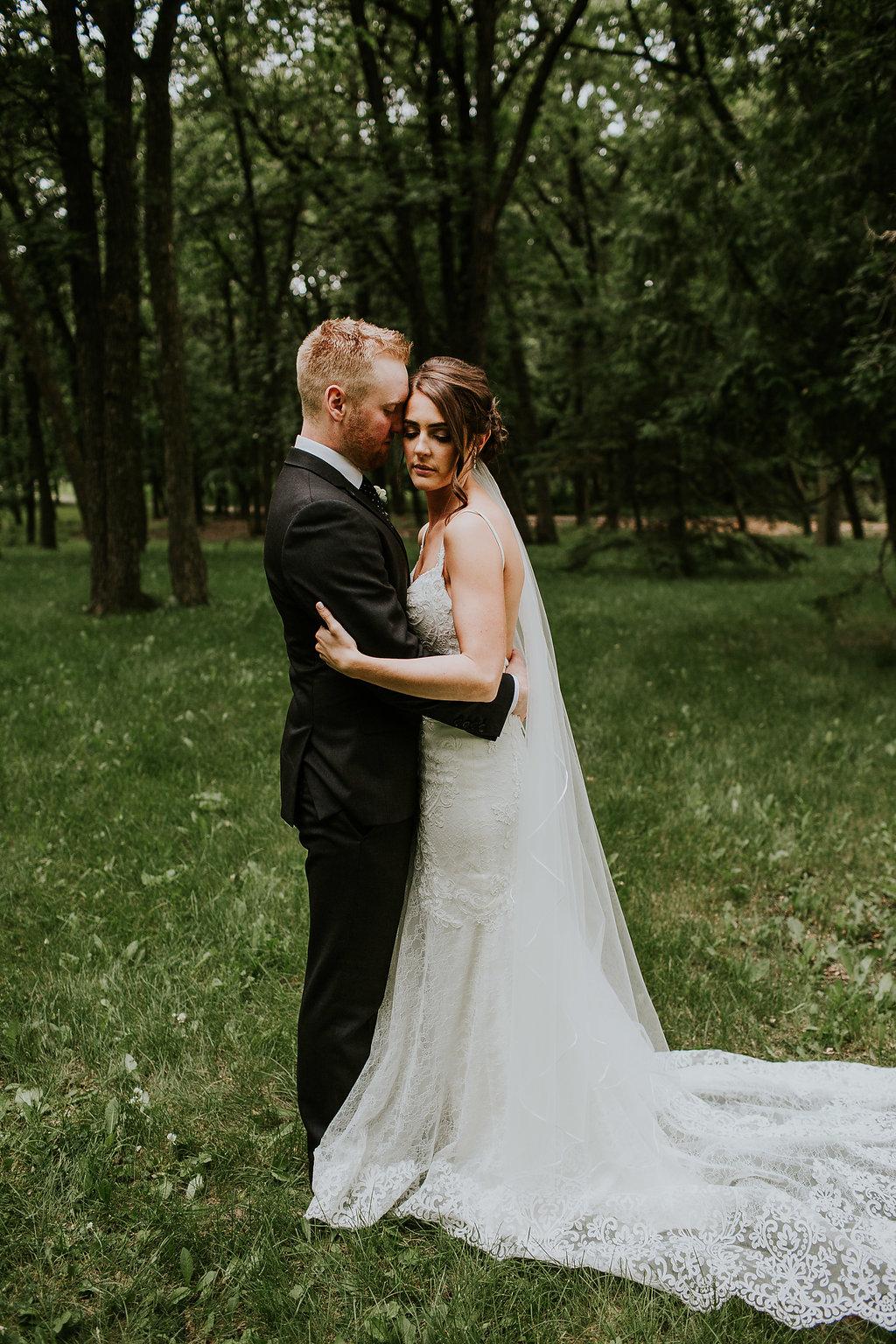 Assiniboine Park Wedding Photos - Winnipeg Weddings