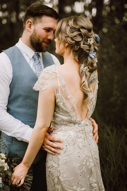 Unique Hair Flowers for Wedding - Wedding Flowers Winnipeg