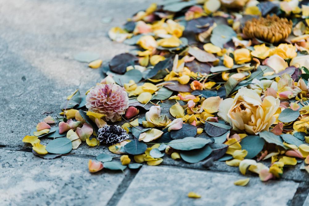 Fall Wedding Flower IDeas - Outdoor Wedding Ceremony