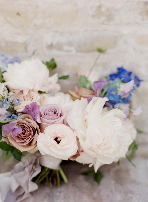 Naturally Elegant Wedding Flowers - Stone House Creative