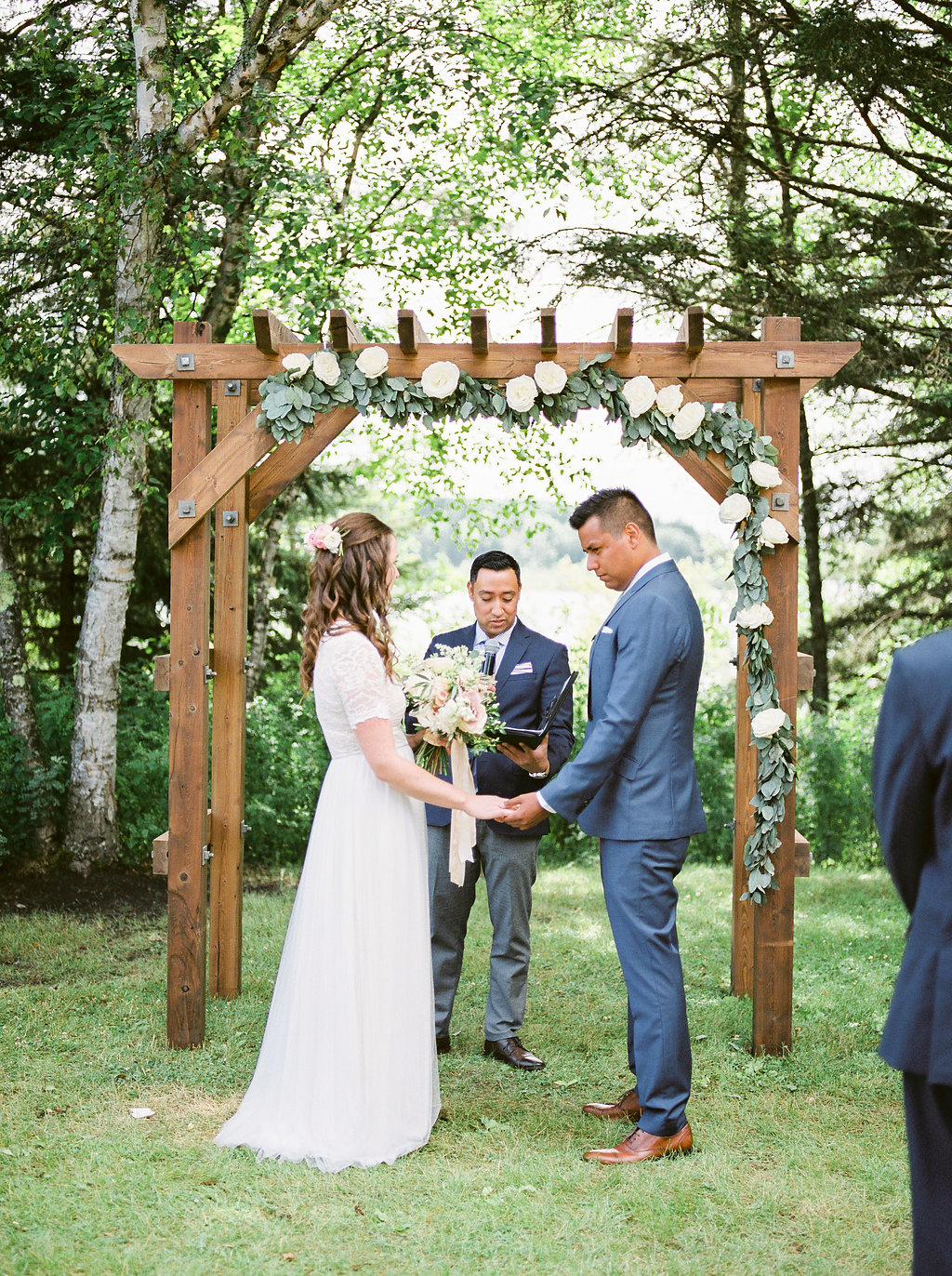 Outdoor Wedding in Clear Lake - Wedding Florist in Clear Lake