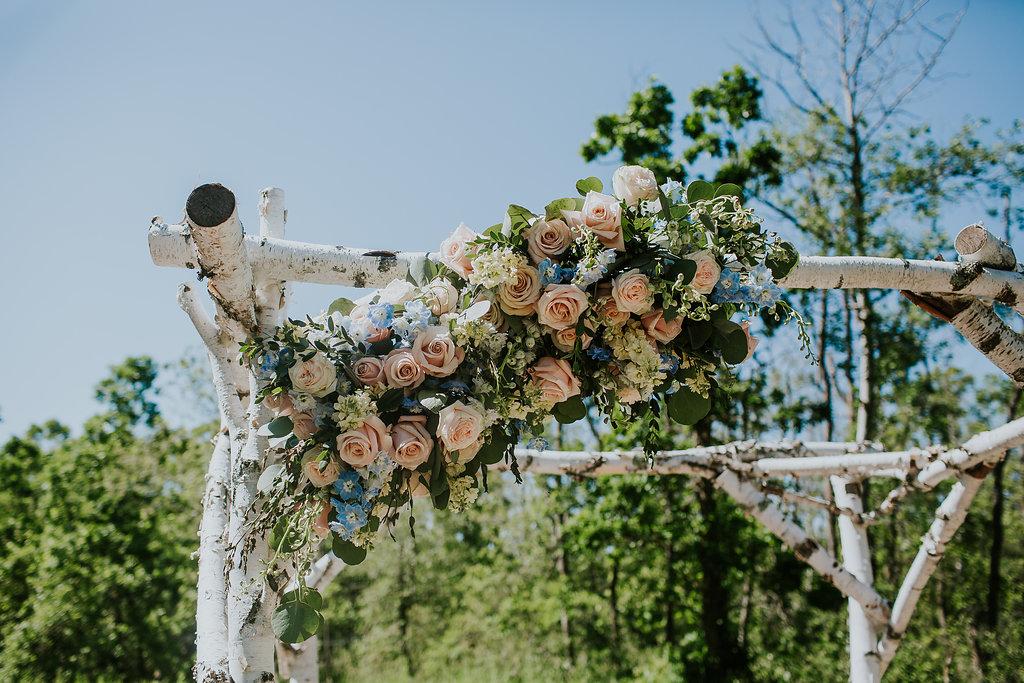 Wedding Ceremony Flowers - Stone House Creative