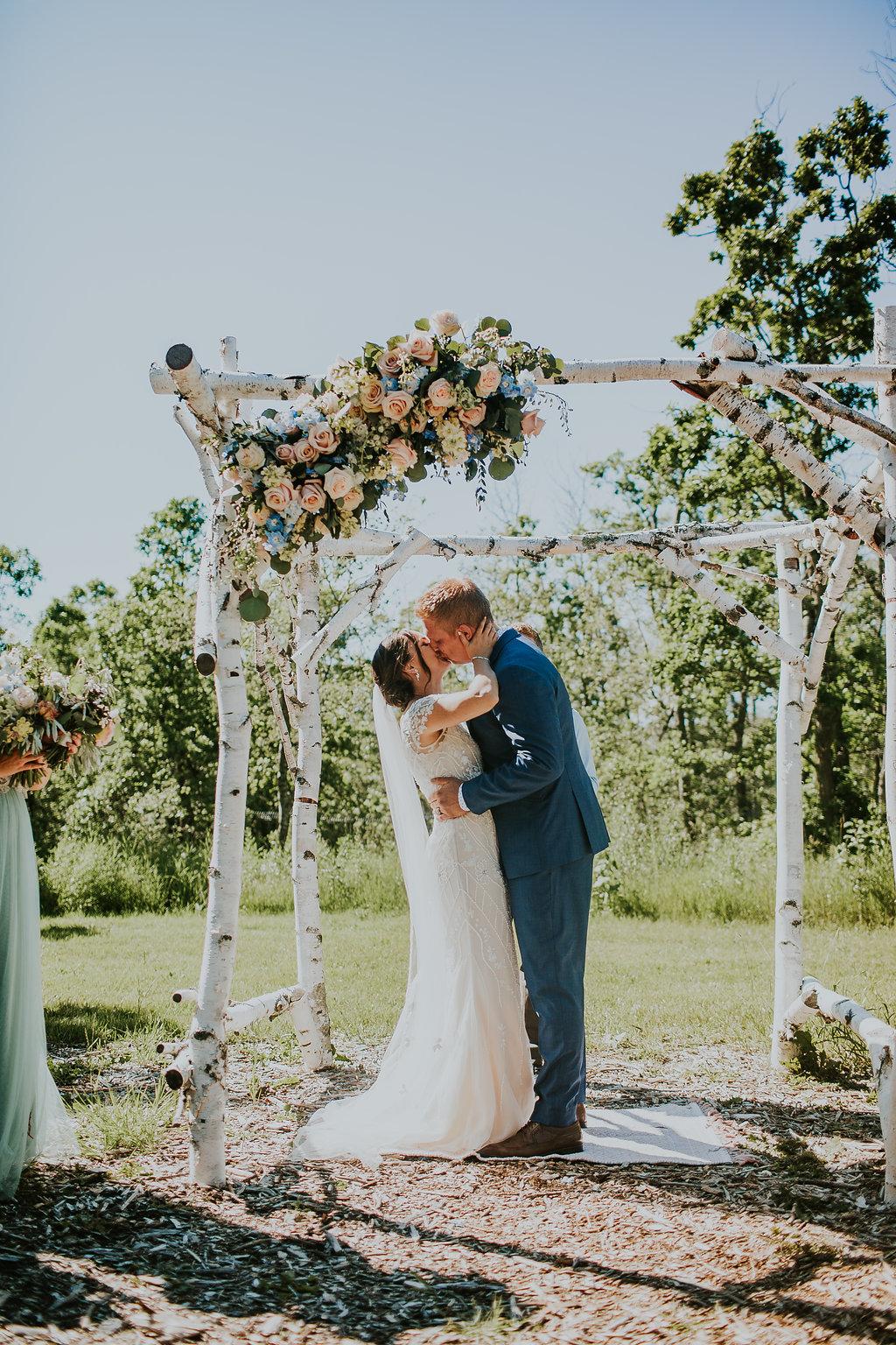 Feminine Outdoor Wedding - Pineridge Hollow Wedding