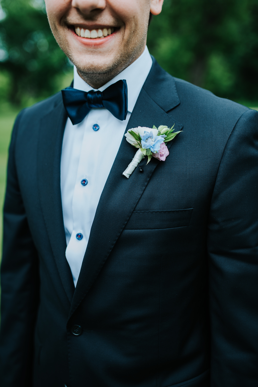Classic Wedding Boutonniere - Wedding Flower Ideas