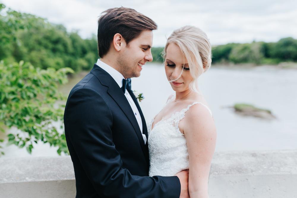Assiniboine Park Wedding Photos - Winnipeg Wedding Florists