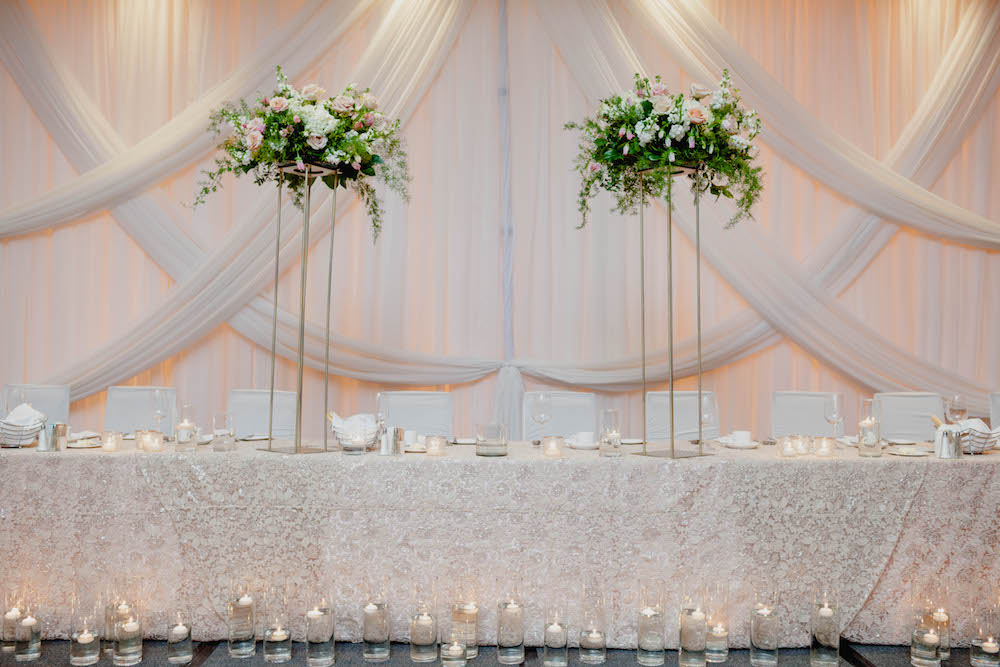 Elegant-ball-room-wedding--fairmont-hotel-winnipeg.jpg