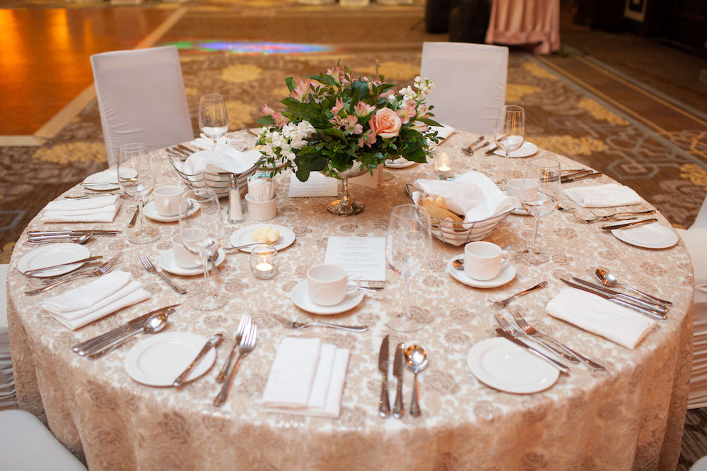 sophisticated-wedding-decor--wedding-flowers-in-winnipeg.jpg