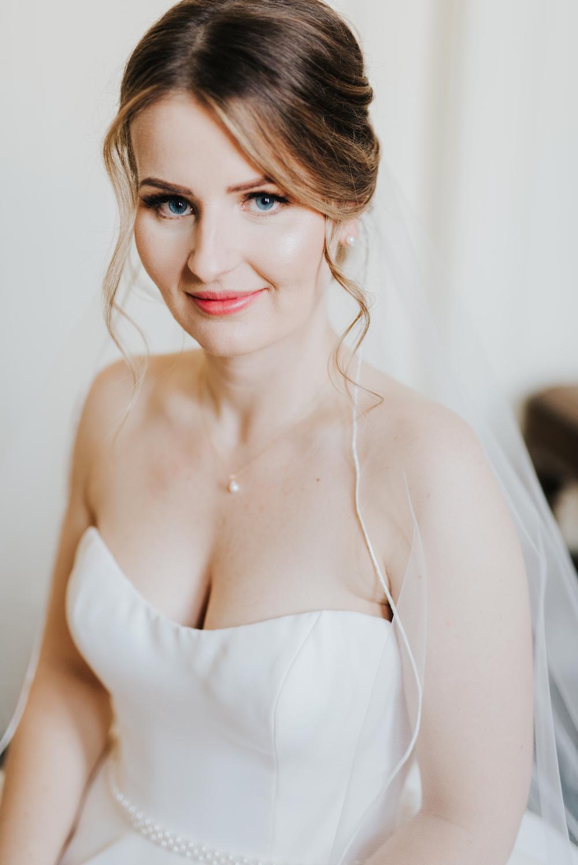 Elegant Winter Wedding - Winnipeg Wedding Florists