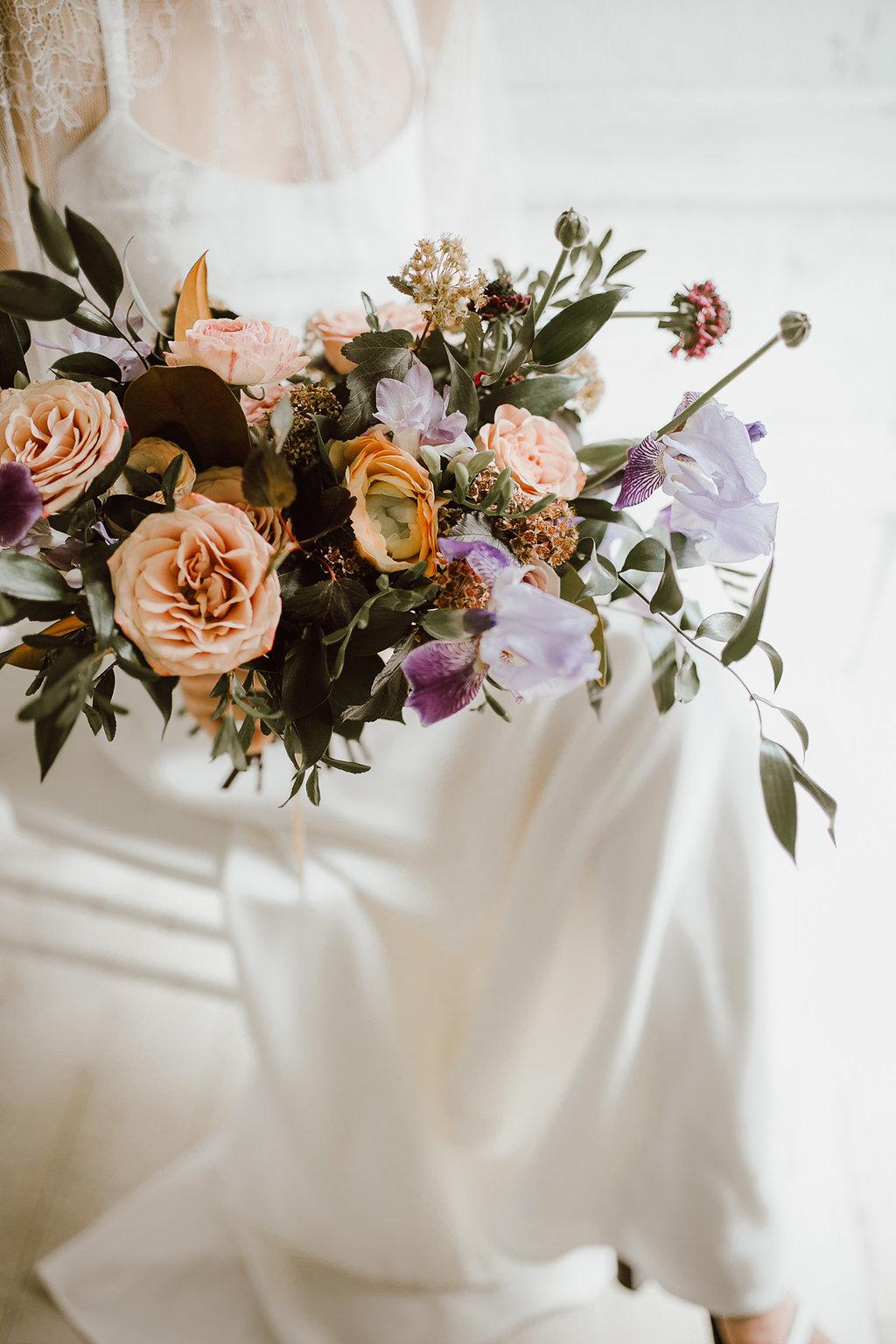 Cappucino Rose wedding bouquet - Wedding Flowers winnipeg