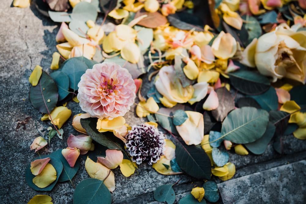 How to Plan Your Wedding Flowers - Wedding Florists in Winnipeg