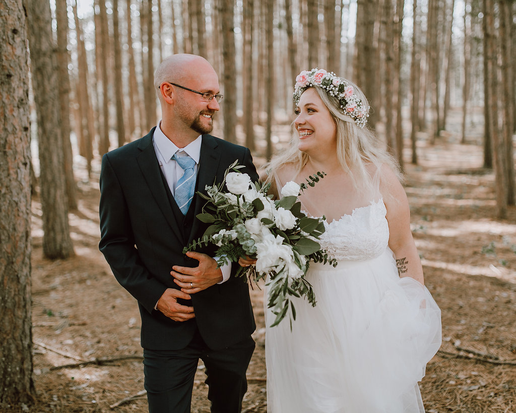 Winnipeg Wedding Photographer - Winnipeg Wedding Florists