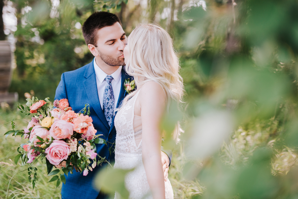 Organic Bridal Bouquet - Winnipeg's Best Wedding Florist