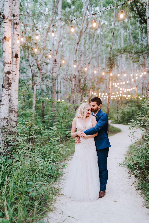 Cielo's Garden Wedding - Wedding Photographers in Winnipeg