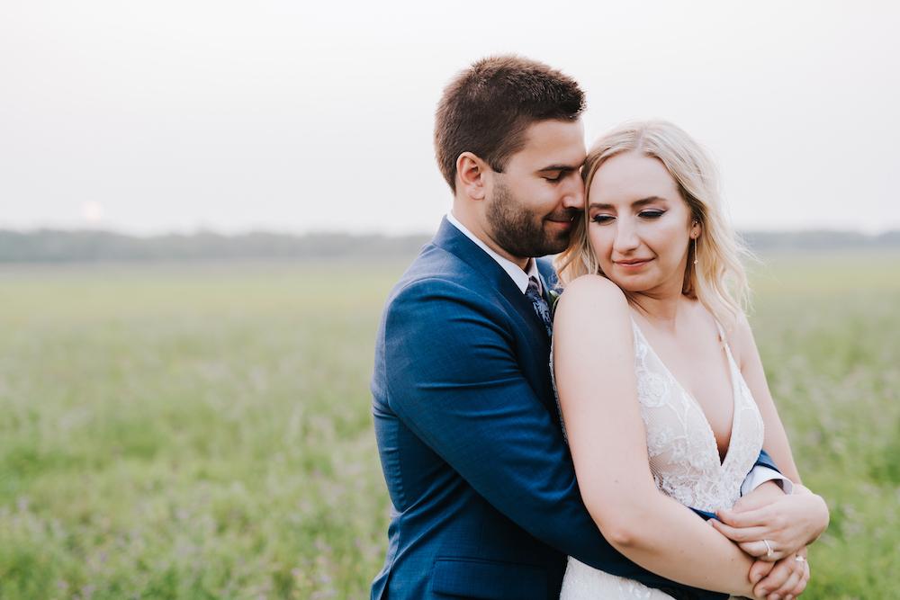 Wedding Photographers in Winnipeg - Winnipeg Wedding Photos