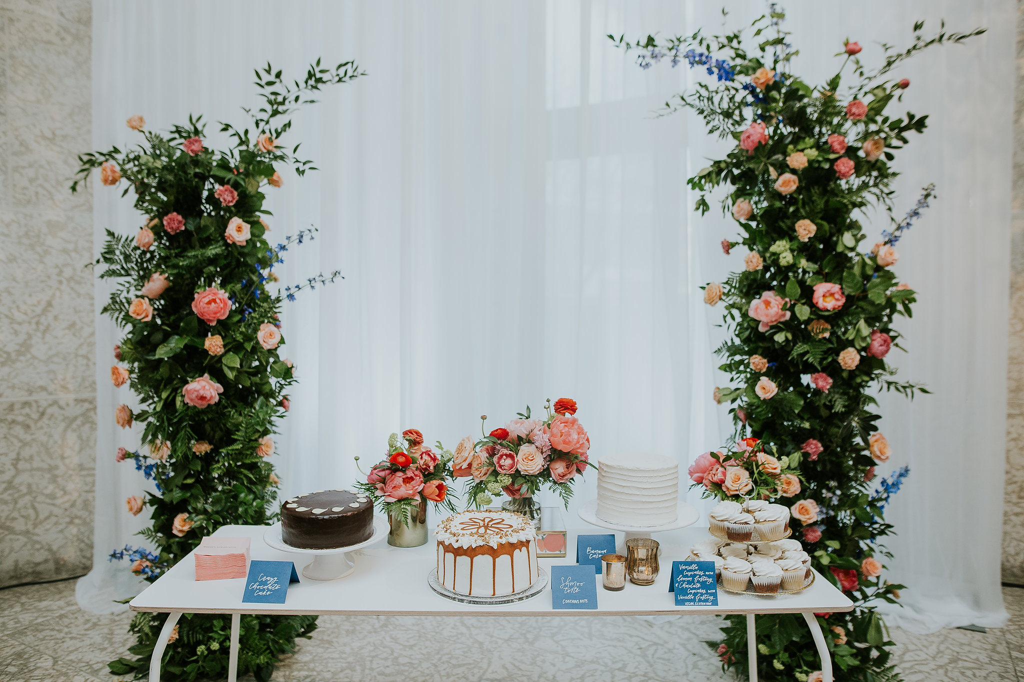 Incredible Floral and Wedding Cake Display - Wedding Florists in Winnipeg
