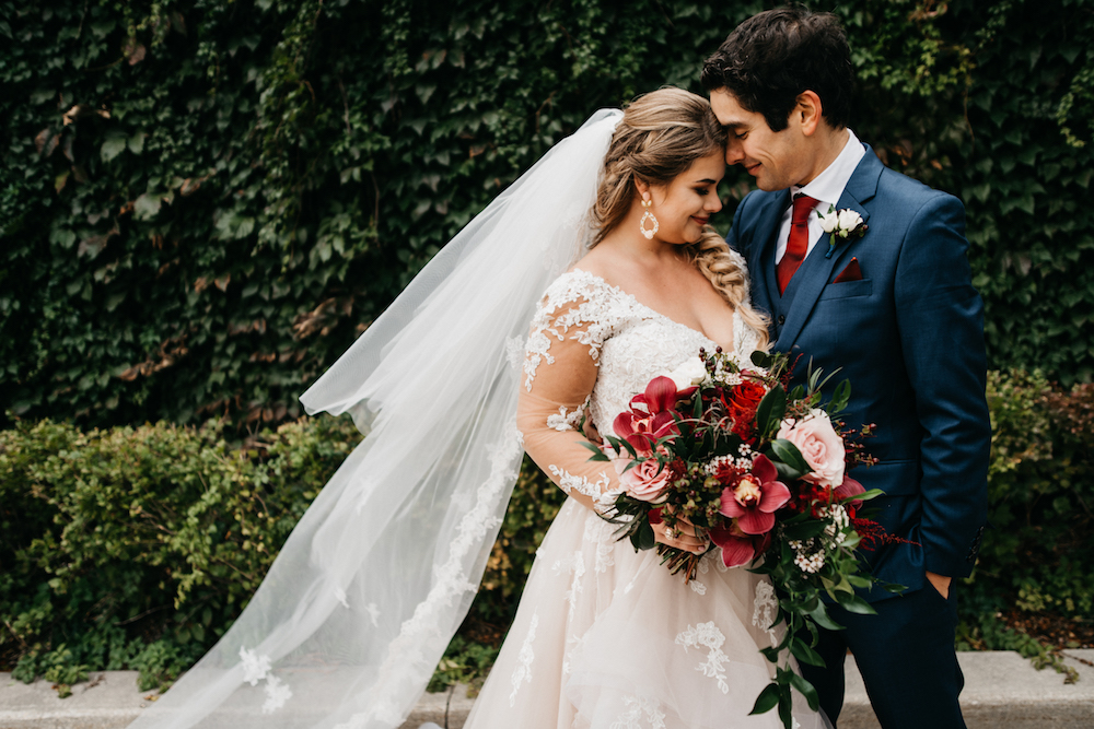 Wine-Themed Fall Wedding at Hawthorn Estates - Winnipeg Wedding florist Stone House Creative