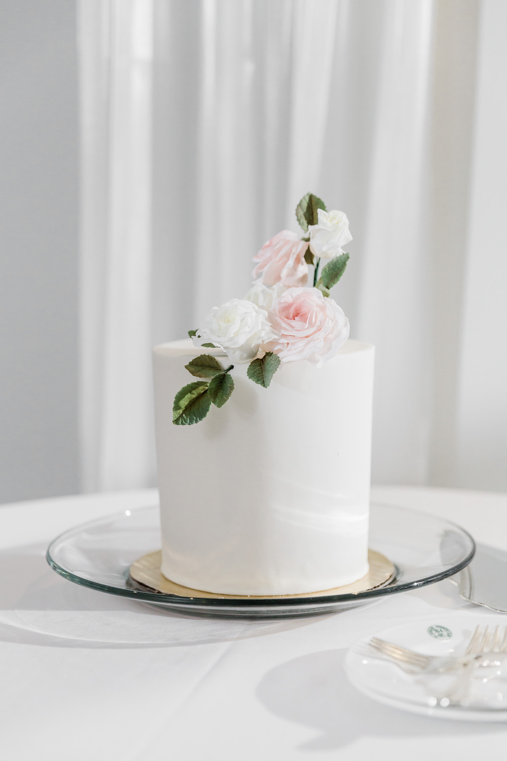 Sugar Flowers Wedding Cake - Weddings in Winnipeg