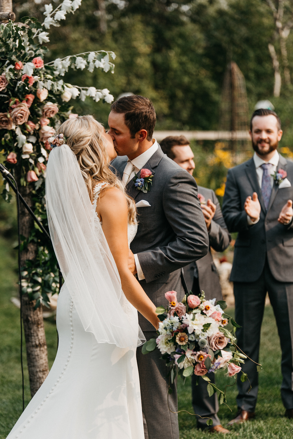 Weddings at Pineridge Hollow - Wedding Florist in Winnipeg
