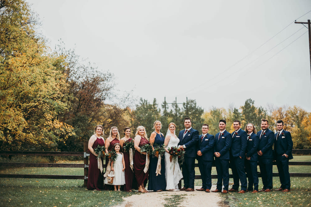 Weddings at Whitetail Meadow - Winnipeg Wedding Photographer