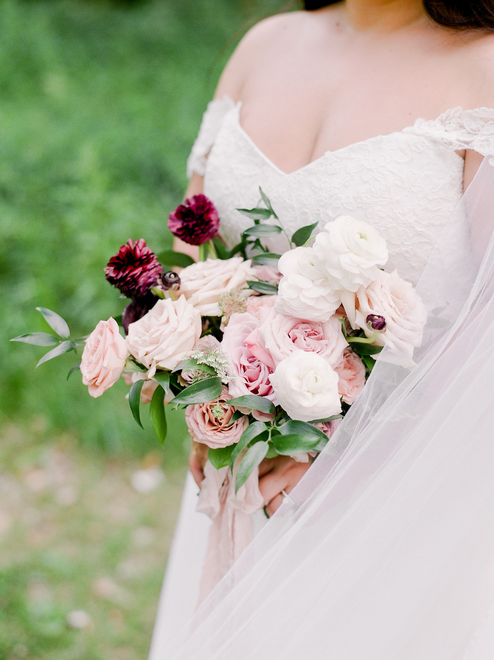 Garden Rose Wedding Bouquet - Winnipeg Wedding Flowers