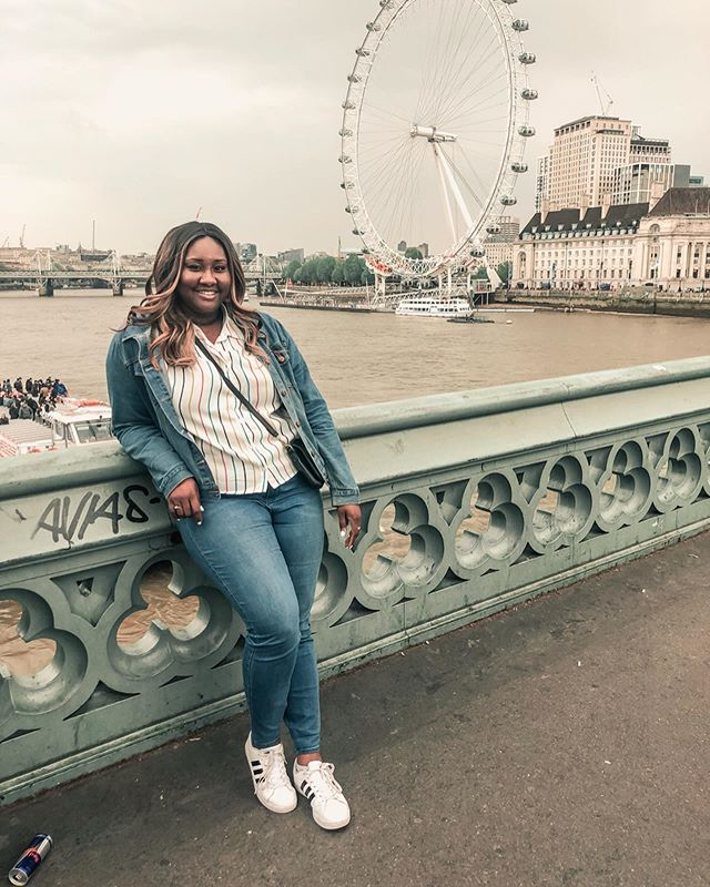 My London post is now live on blog! 4 weeks later, and I'm still beaming about my trip! Happy to go down memory lane and share all the things I did, places I saw and food I ate while there! Give it a read 🇬🇧...