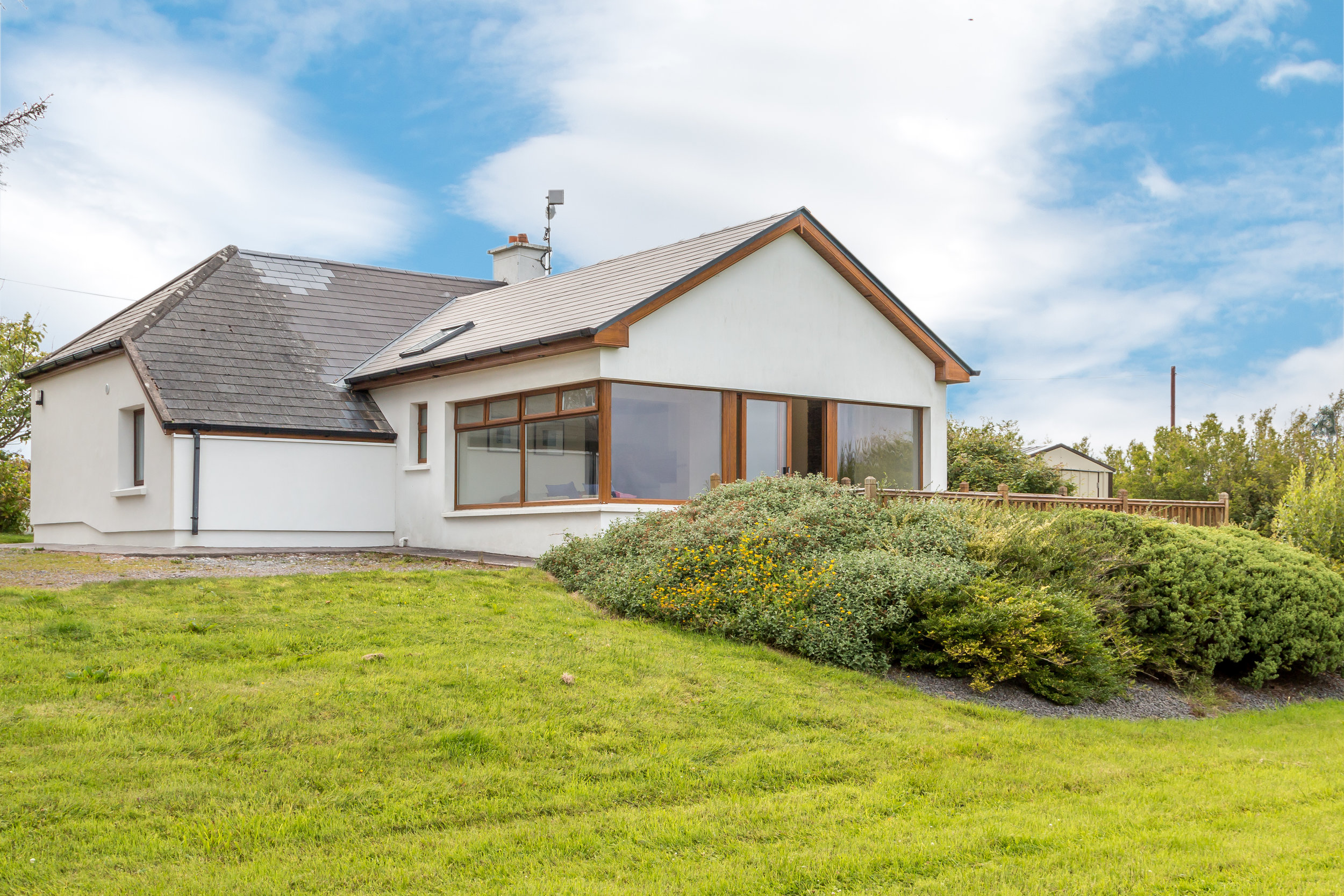€240,000  SOLD    Mountain View Cottage, Reenalagane, Glenbeigh, Co. Kerry