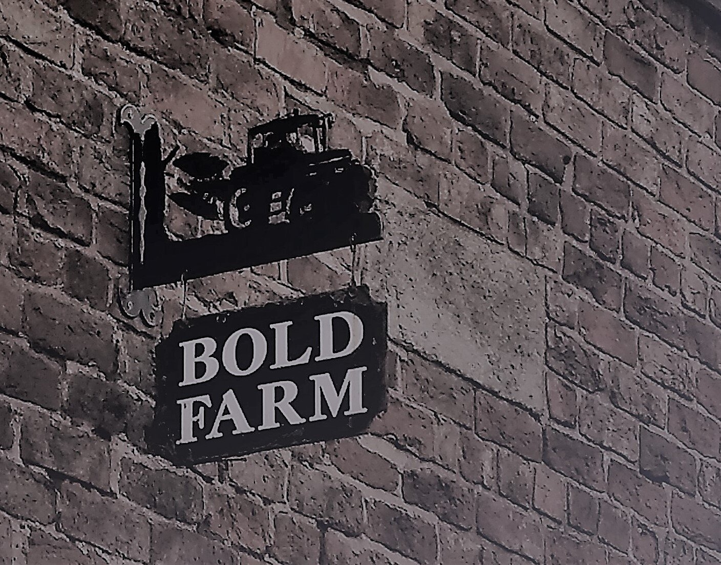bold farm sign news.jpg