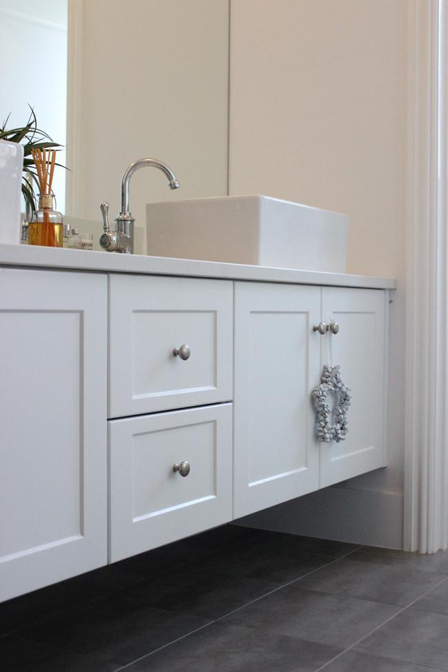 bathroom vanity #51