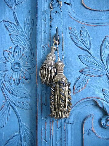 French_marriage_armoire.jpg