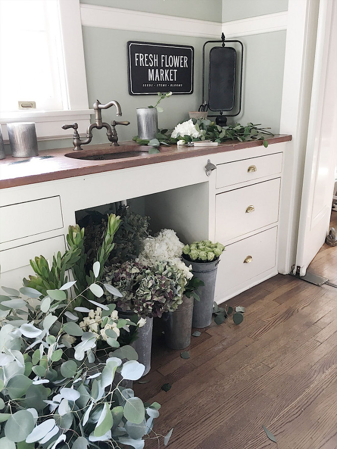 Instead of a butlers pantry, have a flower arranging station (if this is your thing). | source:  homebunch.com