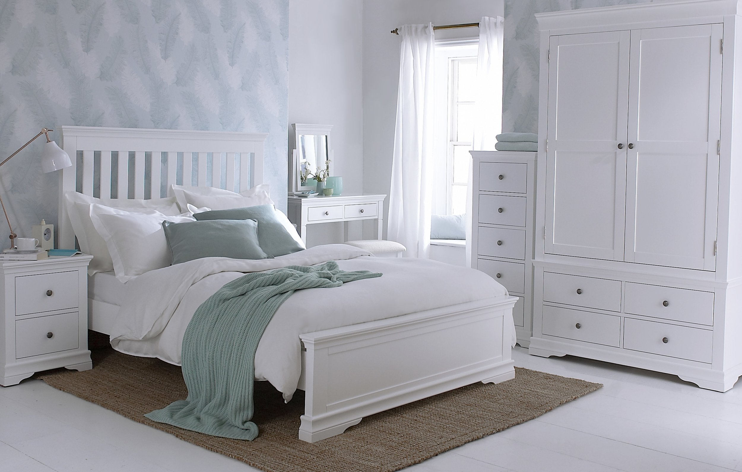 SW Bedroom white 1.jpg