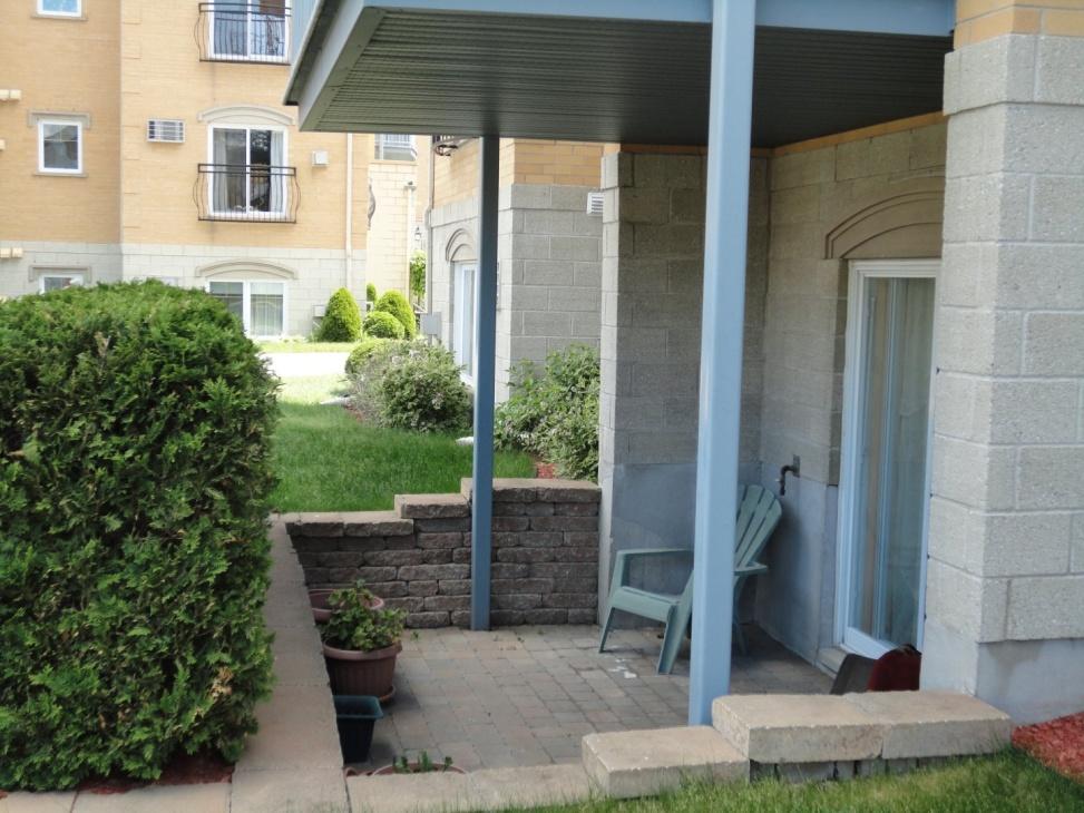 terrace-4545-av-Colomb-Brossard-qc.jpg