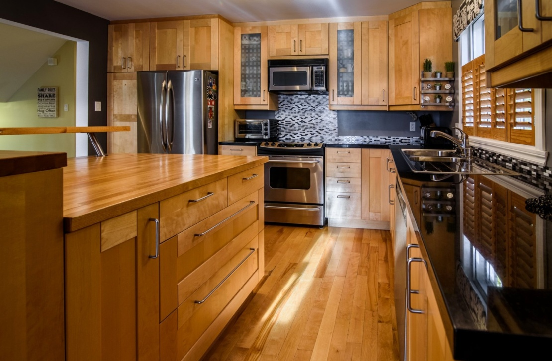 new-kitchen-stainless-steal-wood-585-Rue-Doris-Greenfield-Park-qc.jpg
