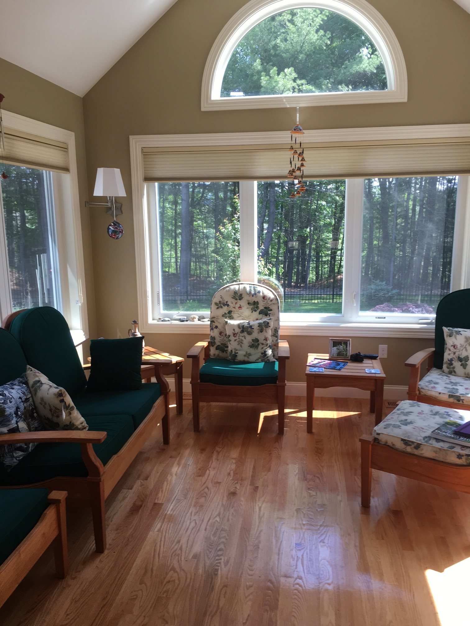 sunroom2_a.JPG