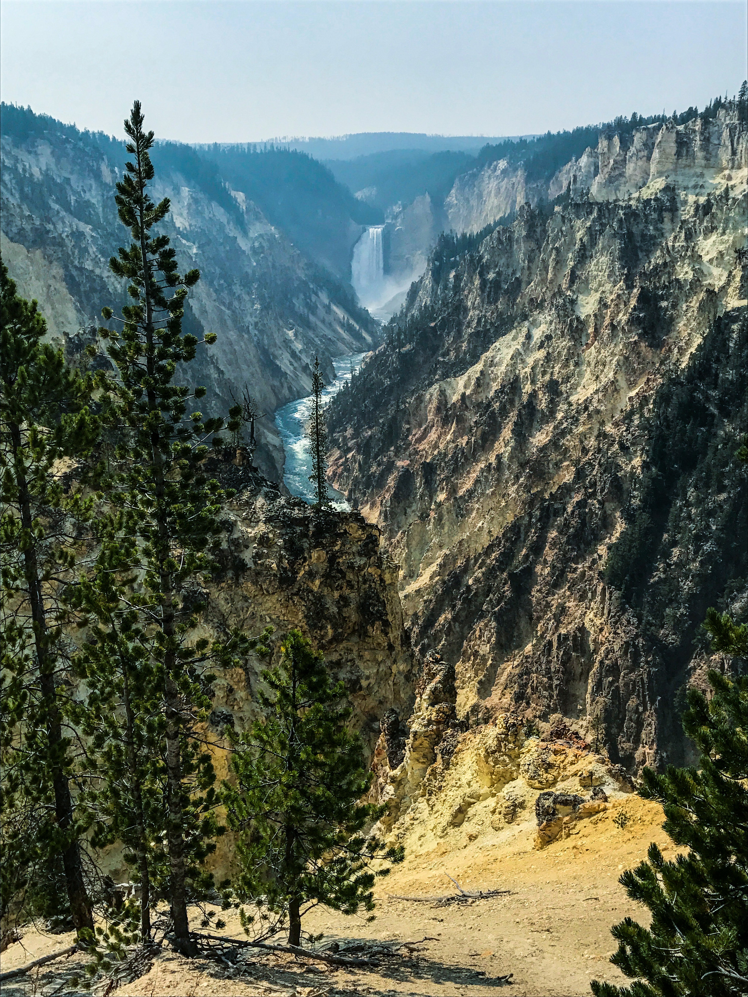 Yellowstone river flowing through the Grand Canyon of Yellowstone