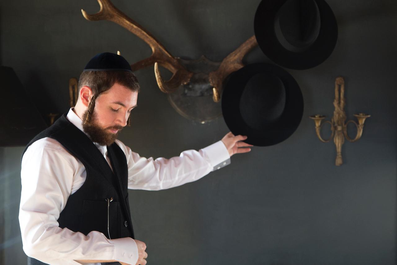 New Orthodox   Hurmann Karl  shot by  Paul Lowe