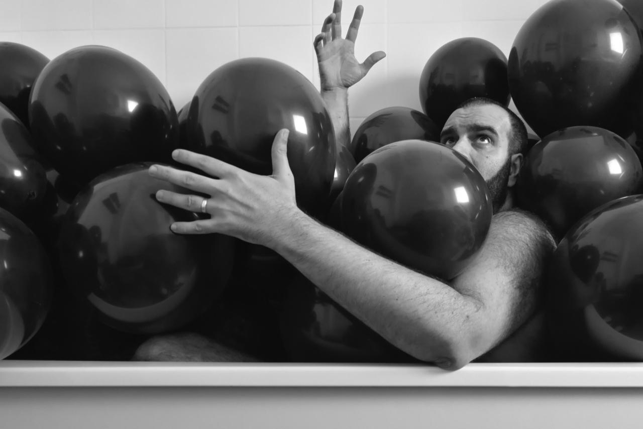 Balloon Bath    Hugo Qaherabear  shot by  Maynard Luis Terry