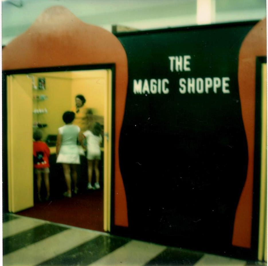store2-magic-shoppe-01.jpg