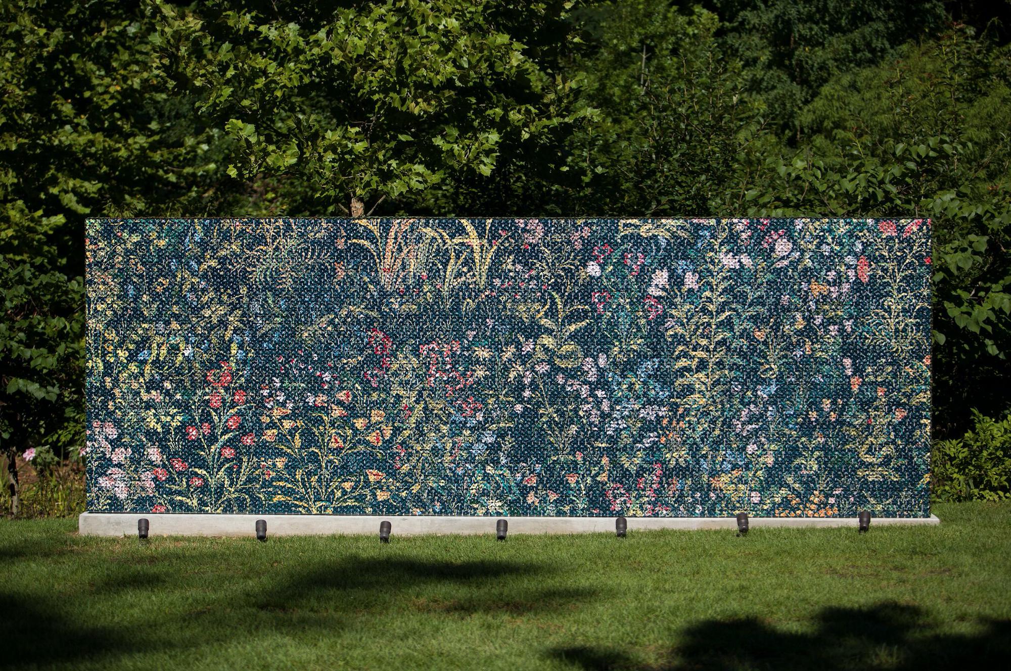 Kim Dickey,  Mille-Fleur ( detail), 2011. Courtesy of Crystal Bridges Museum of American Art, Bentonville, Arkansas.
