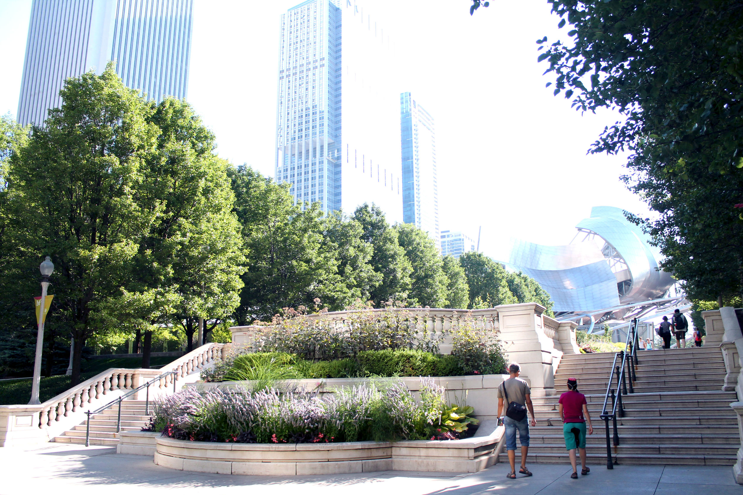 We stopped in Millennium Park as soon as we landed, just before 8 am